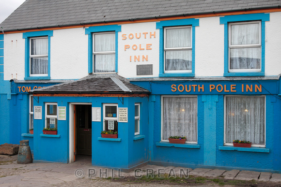 Tom Creans pub the South Pole